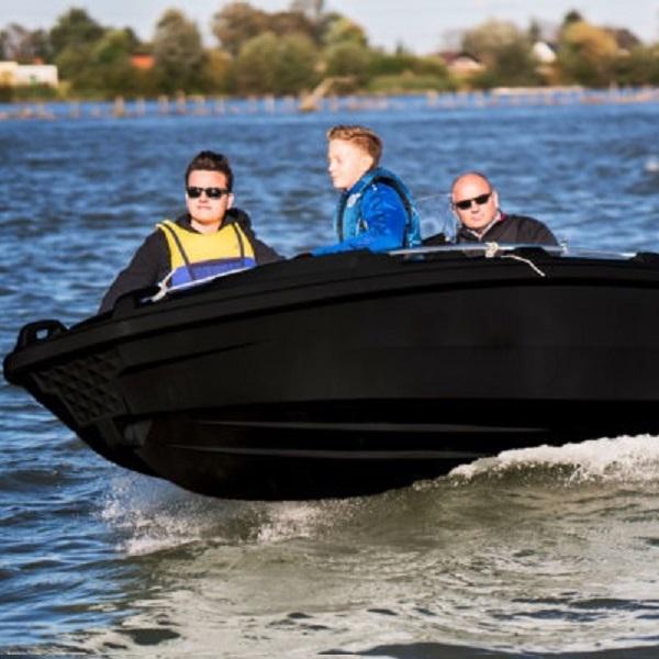 München Lindau Konstanz Friedrichshafen Hamburg motorboot kaufen, boot, angelboot, fischerboot, münchen, hamburg